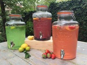 Limonade bar. 3 dispencers van 8 liter gevuld met een heerlijke biologische limonade naar keuze ( 8 smaken)